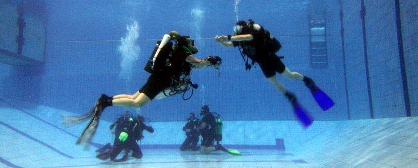 Piscina acquatica per immersioni